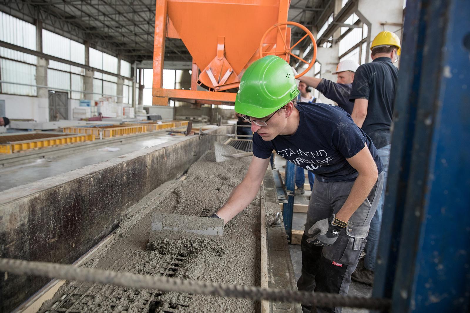 Sparsam: Carbonbeton benötigt weniger Sand und Kies als gewöhnlicher Stahlbeton.