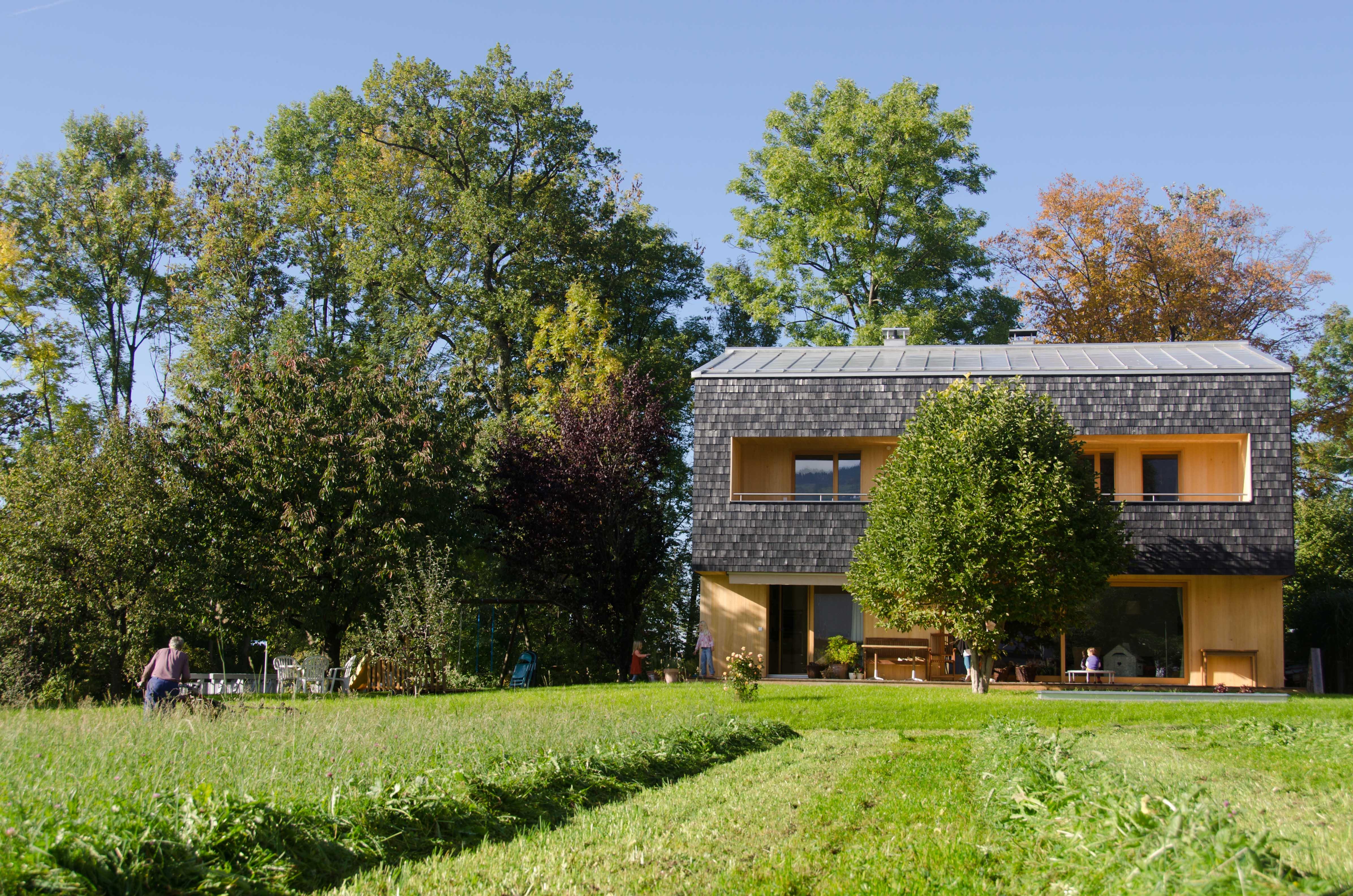 Bestandsimmobilie aus den 70ern: Aus dem Altbau haben die Architekten ein modernes Zuhause geschaffen.