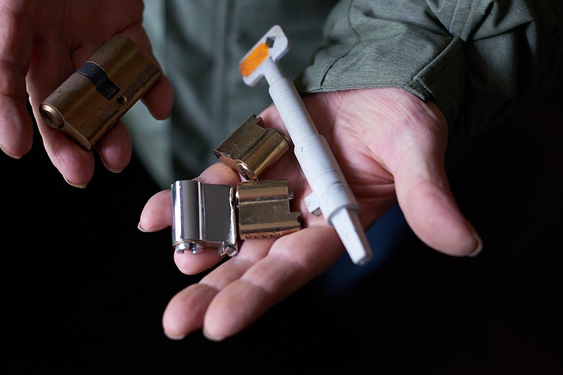 Modifizierter Bauschlüssel und Schlösser