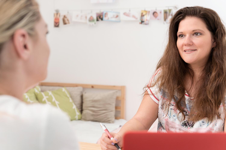 Ratgeberin vor, während und nach der Geburt: Sarah Klarer begleitet die Frauen meist über mehrere Monate.