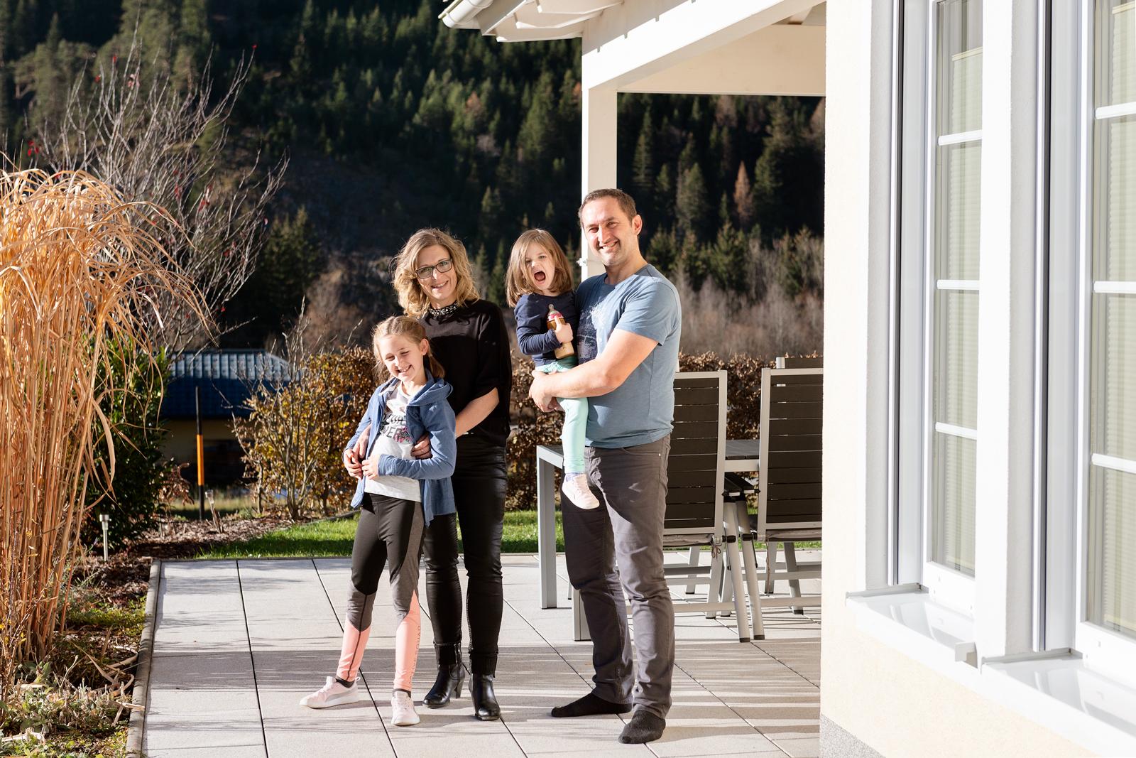 Glücklich im Eigenheim: 2011 hat Familie Perl ihr Traumhaus gebaut.