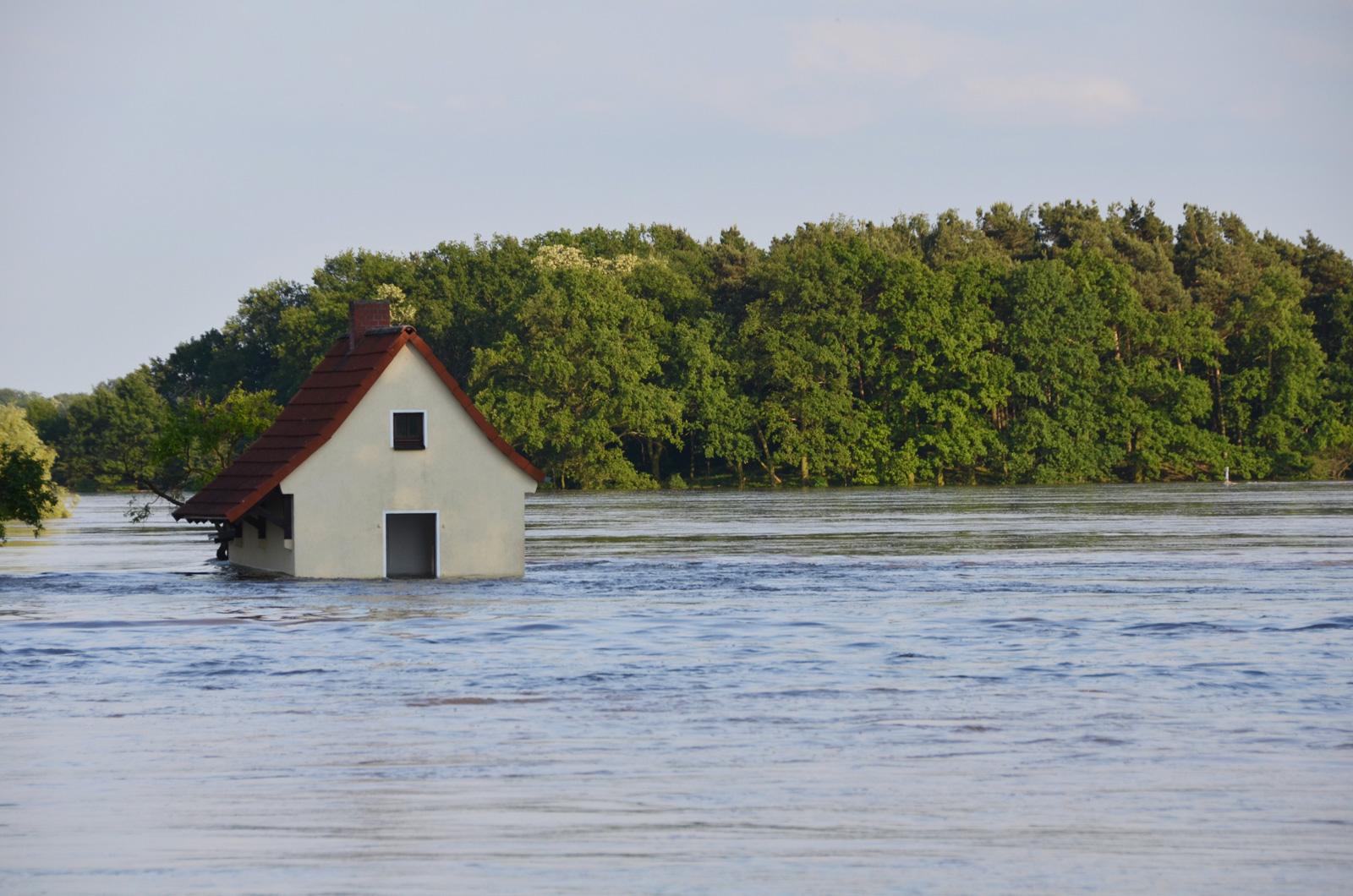 Extremwetter: Die Jahrhundertflut 2002 war der Auslöser für die Gründung des Wetterdienstes Ubimet.