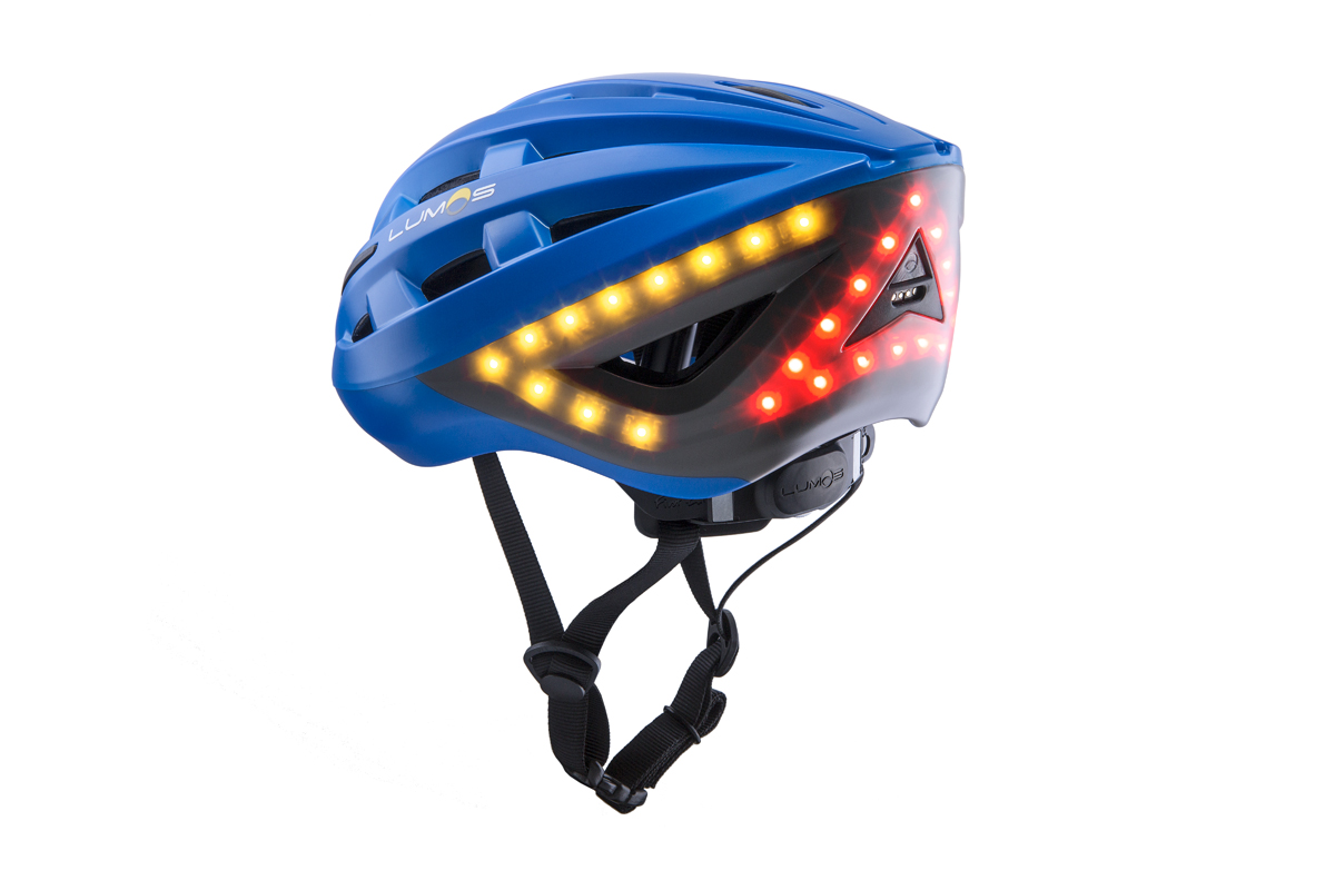 Kopfschutz mit Bremslicht: Mit Lichtern ausgestattet sorgt der Helm für mehr Sichtbarkeit.