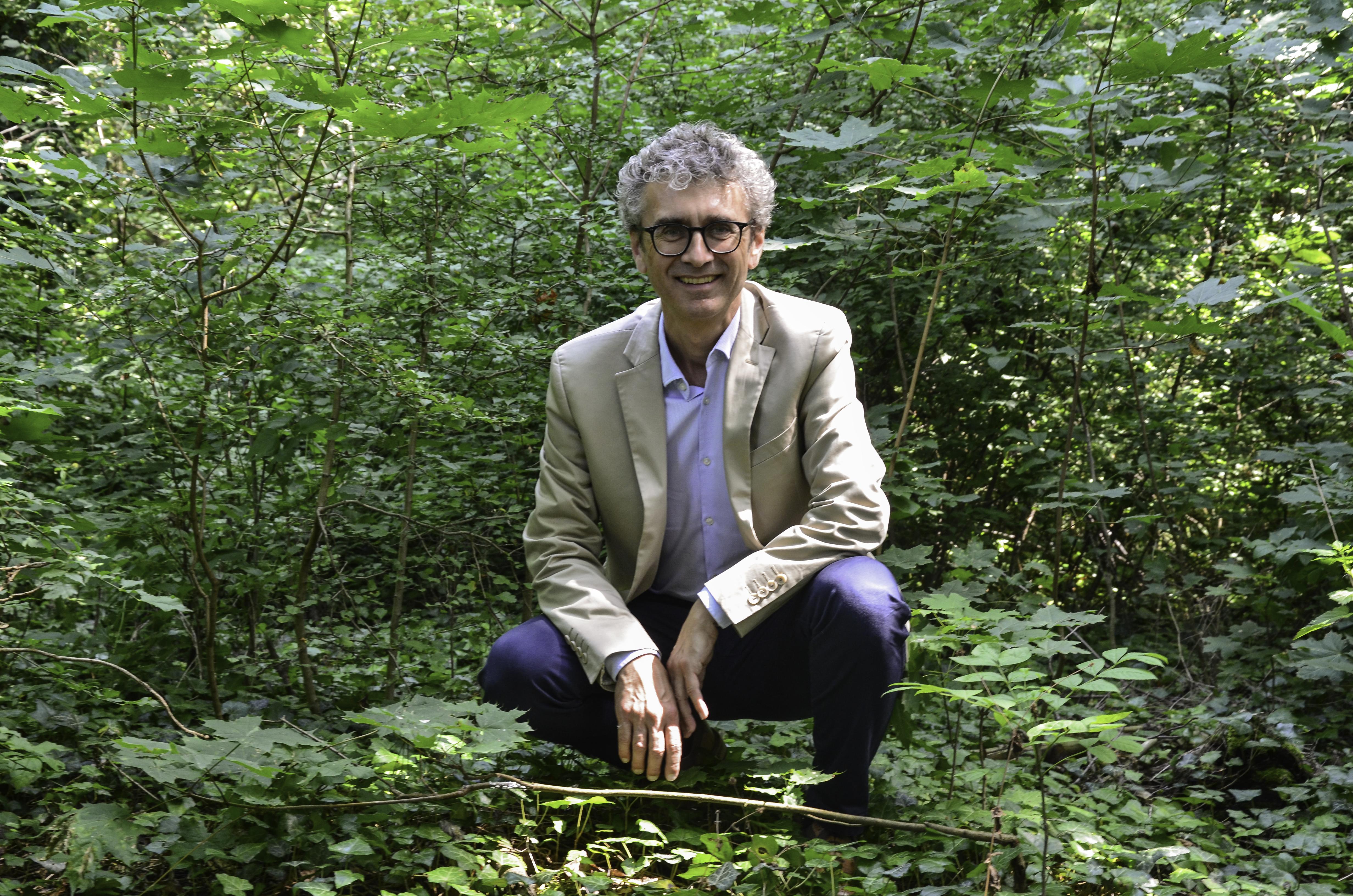 Dr. Peter Mayer auf dem Gelände des Bundesforschungszentrums für Wald (BFW) in Schönbrunn