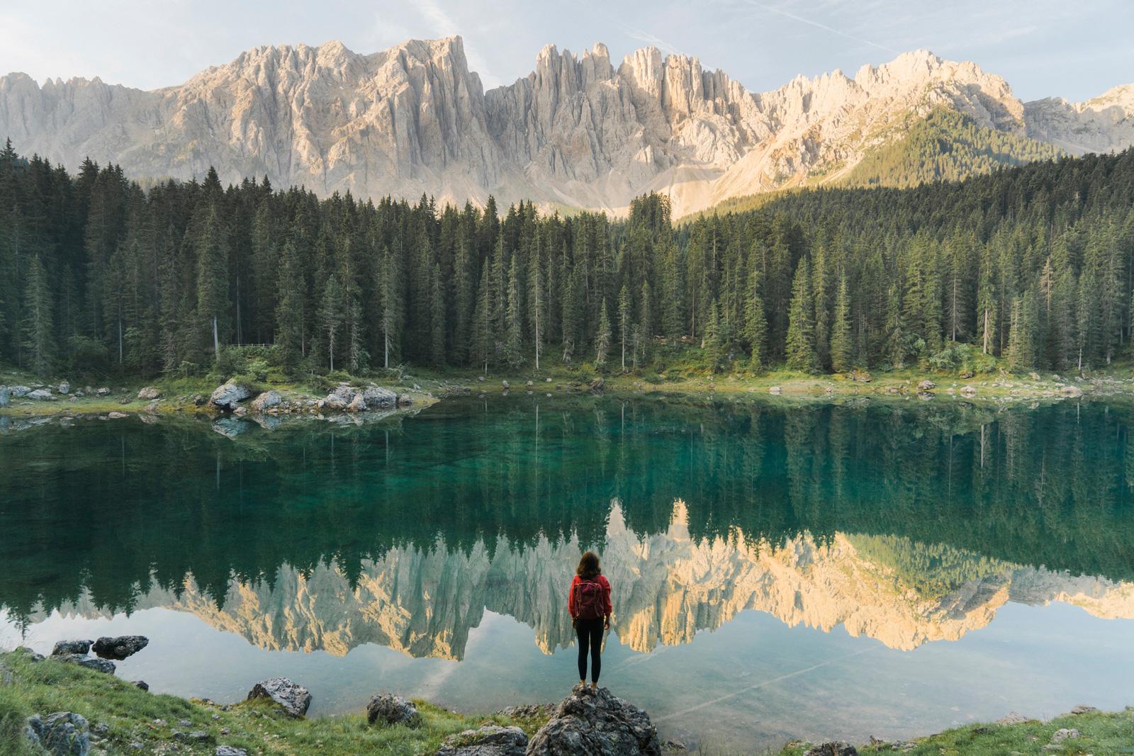 Urlaubsziel vor der Haustür: Lago di Carezza in den Dolomiten
