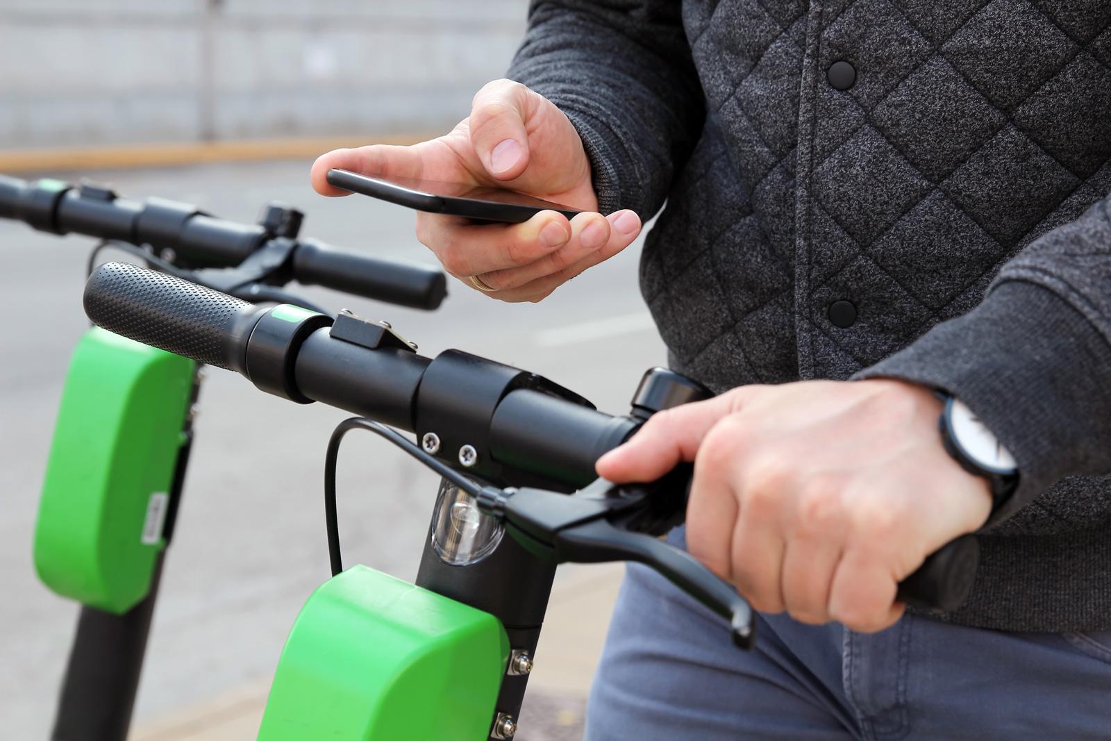 Das Smartphone als Schlüssel: App laden, Kreditkarte hinterlegen und los geht's!