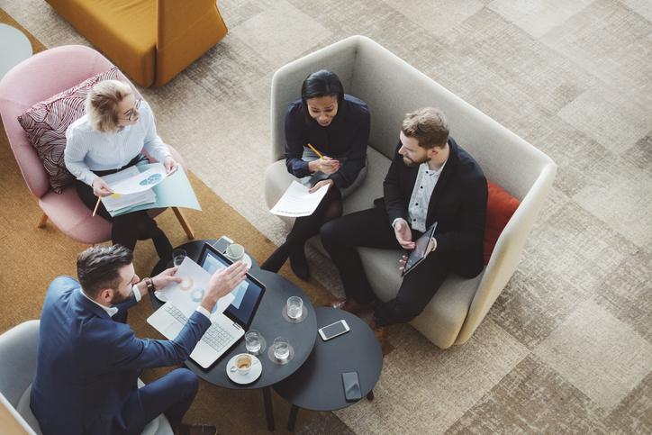Employee Experience für den Erfolg: Zufriedene Mitarbeiter sorgen für zufriedene Kunden.