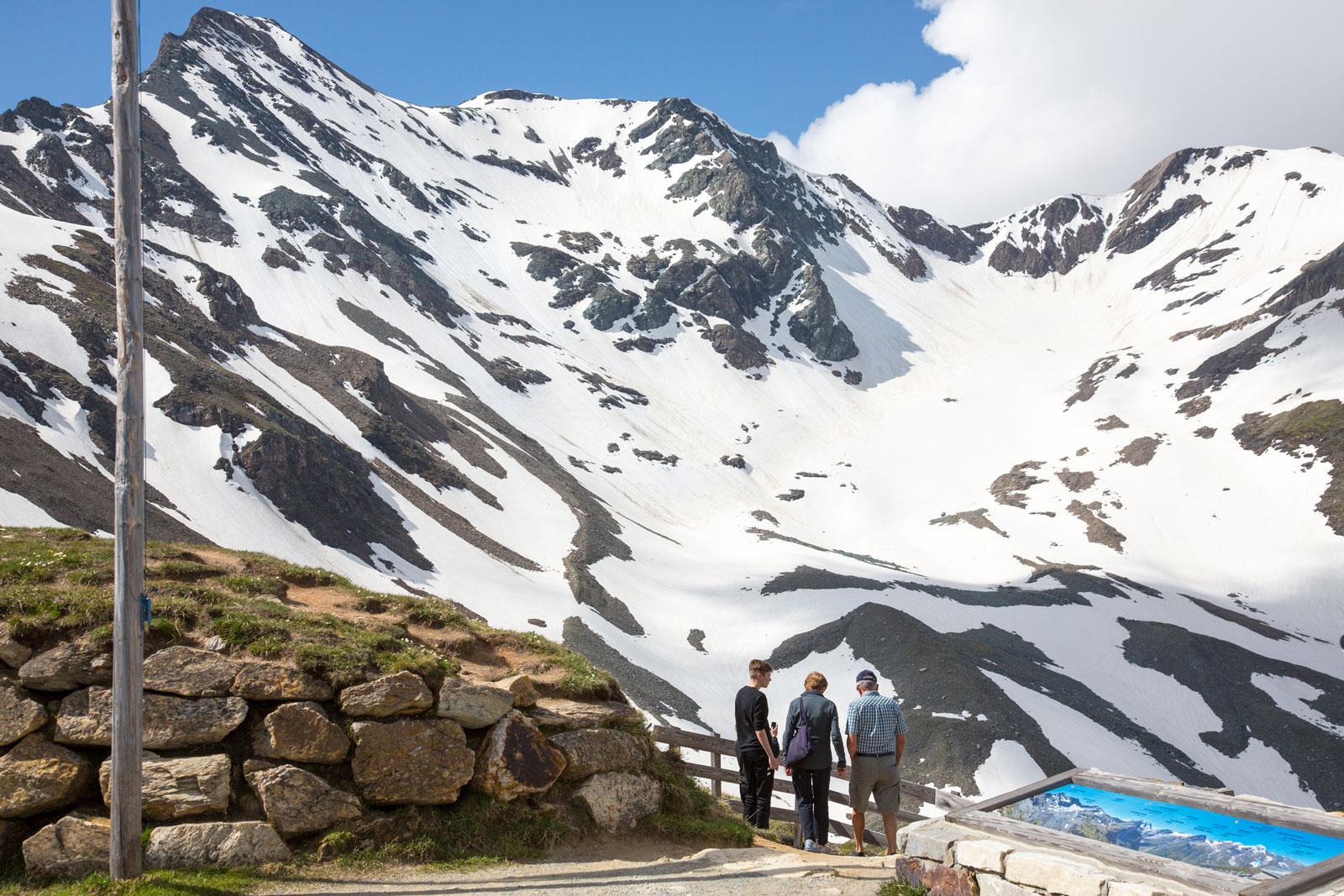 Großglockner: Hier liegt auch im Mai noch Schnee.