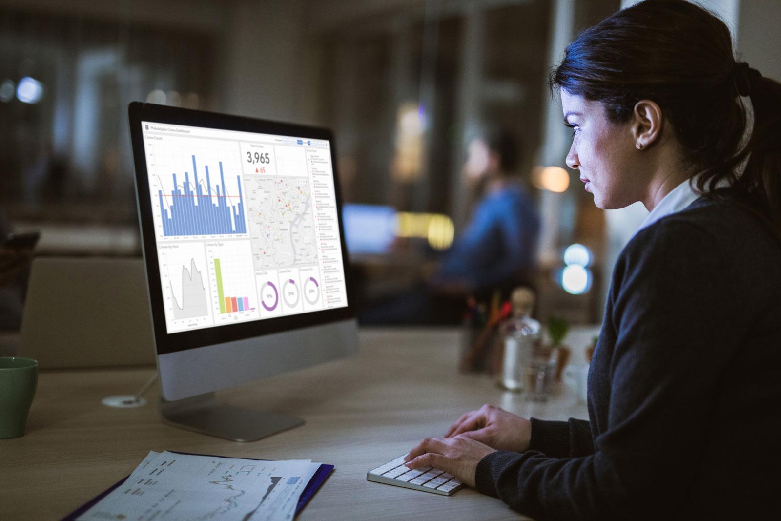 Unternehmensarchitektur: Zusammenspiel von Geschäftsprozessen und Informationstechnik