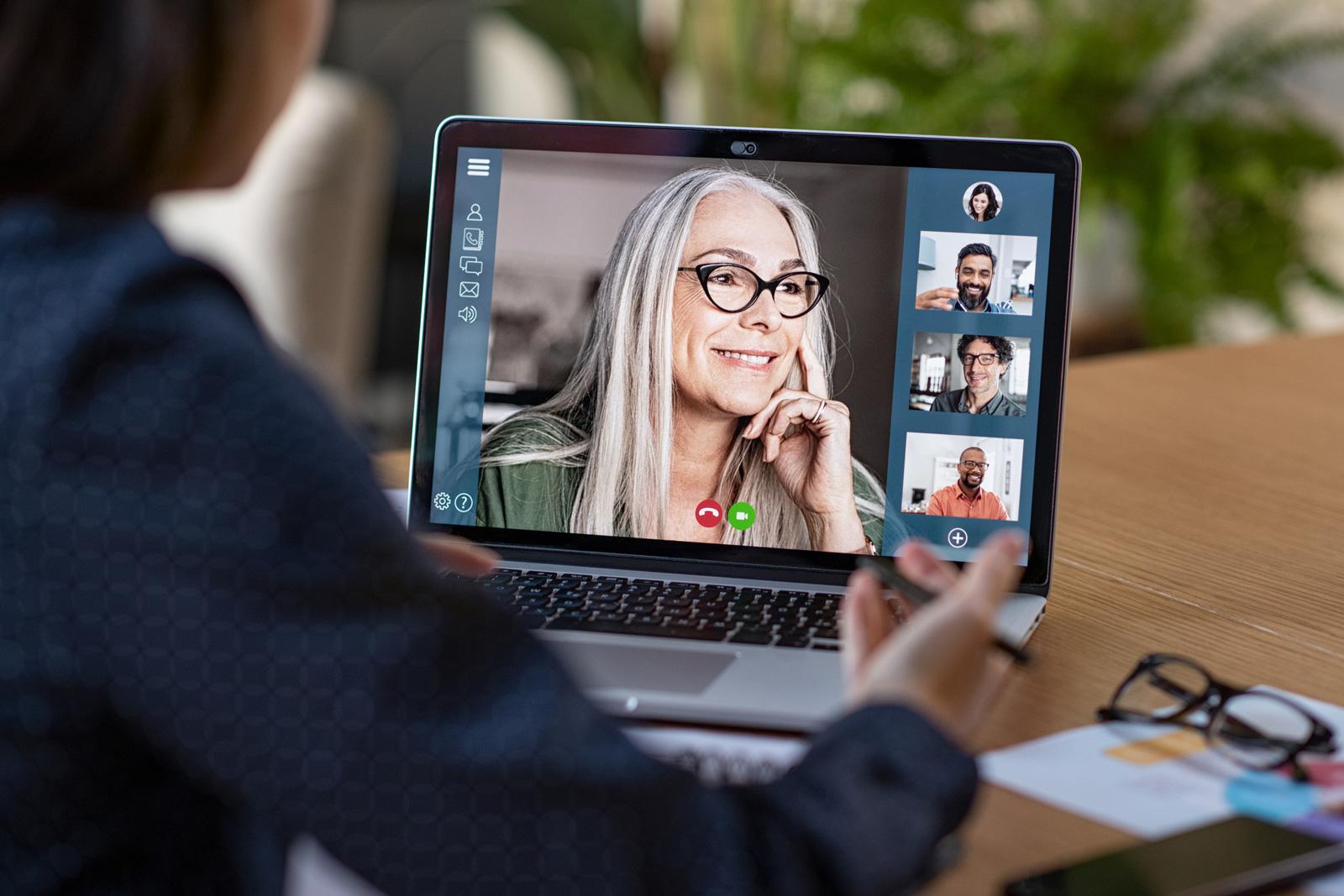Absprache im Team per Videokonferenz