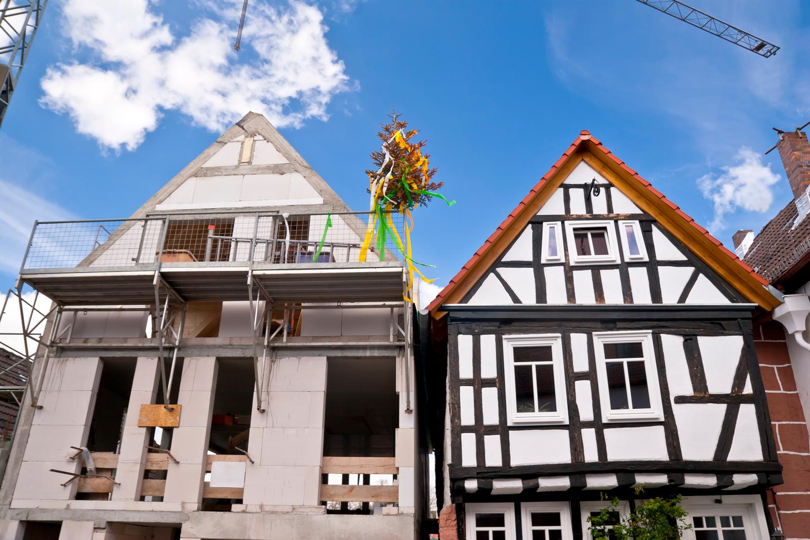 Nicht nur eine Frage des Geschmacks: Neubauten und Altbauten haben ihre jeweils eigenen Vorteile.