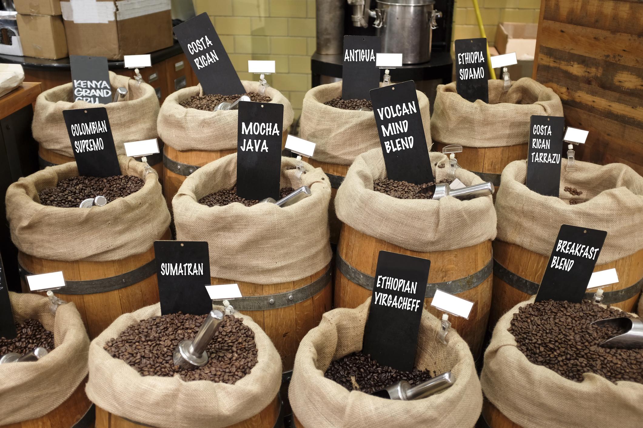Vielfältig: Region, Kaffeebohne und Röstung entscheiden genauso über den Geschmack wie die Zubereitung.