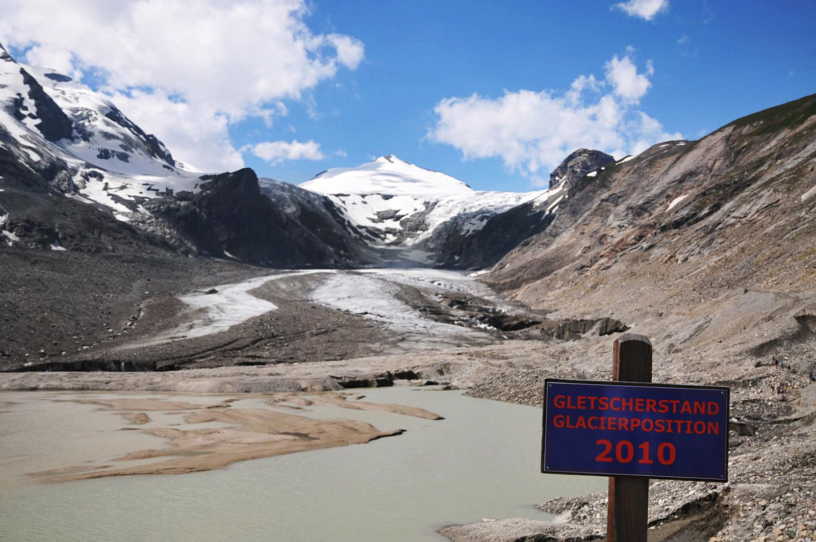 Den Rückzug des Pasterze-Gletscher kann man anschaulich erleben.