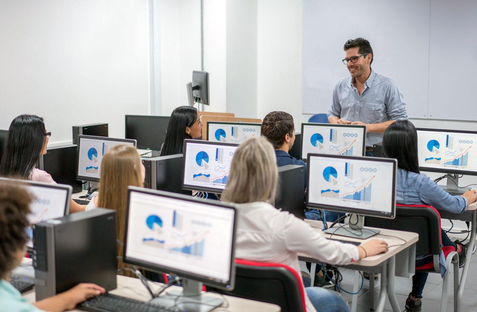 Digitale Transformation: Bei der schulischen Bildung gibt es Nachholbedarf.