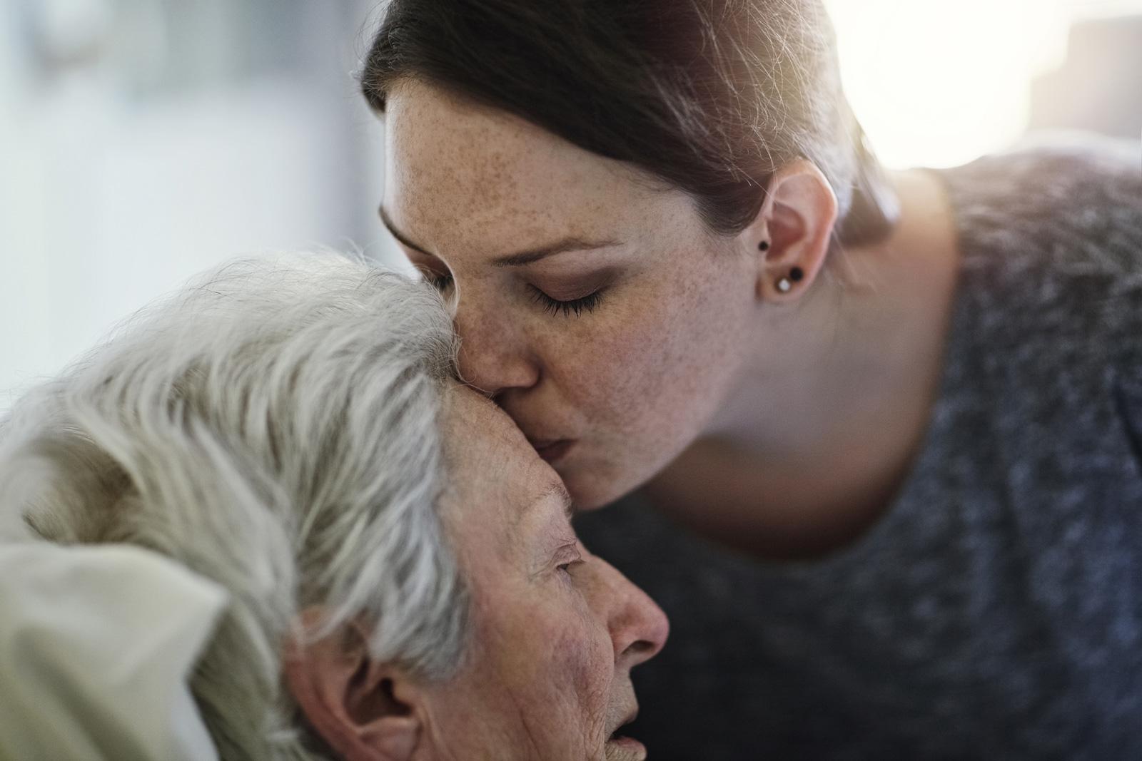 Die Pflege eines Angehörigem kann erfüllend sein.