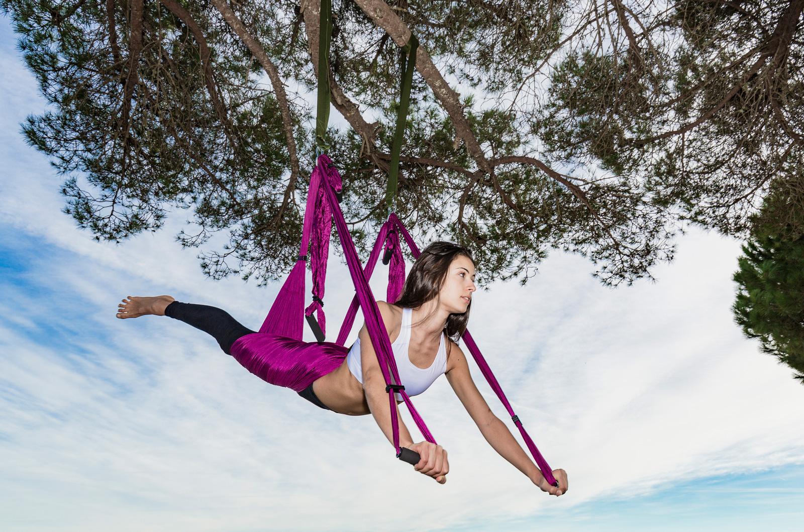 Hängepartie: Aerial Yoga