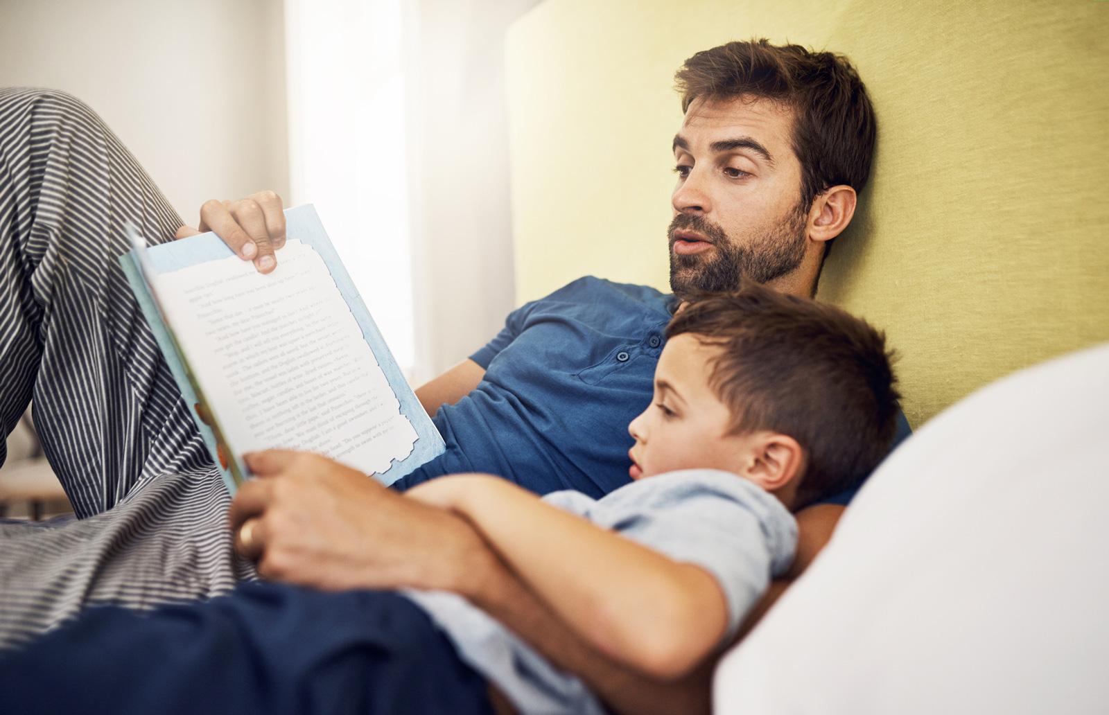 Quality Time: Vorlesen mit Papa