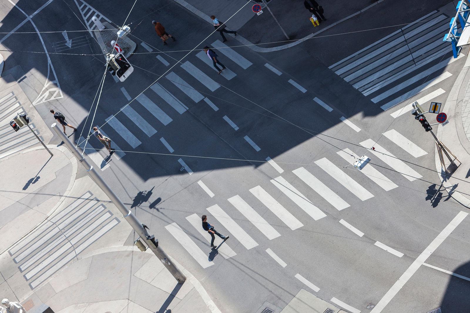 Zebrastreifen für Fußgänger: Radfahrer müssen in der Regel absteigen und schieben.