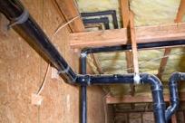Die fachmännische Dämmung sorgt dafür, dass keine feuchtwarme Luft am Mauerwerk kondensiert und Schimmel entstehen kann.