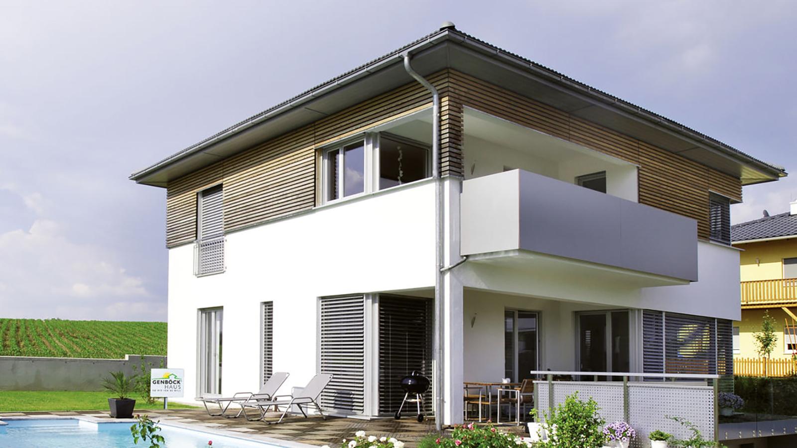 Energiesparhäuser gibt es bereits in vielen Fertighausmodellen, hier ein Passivhaus des österreichischen Fertighaus-Anbieters Musterhauspark.