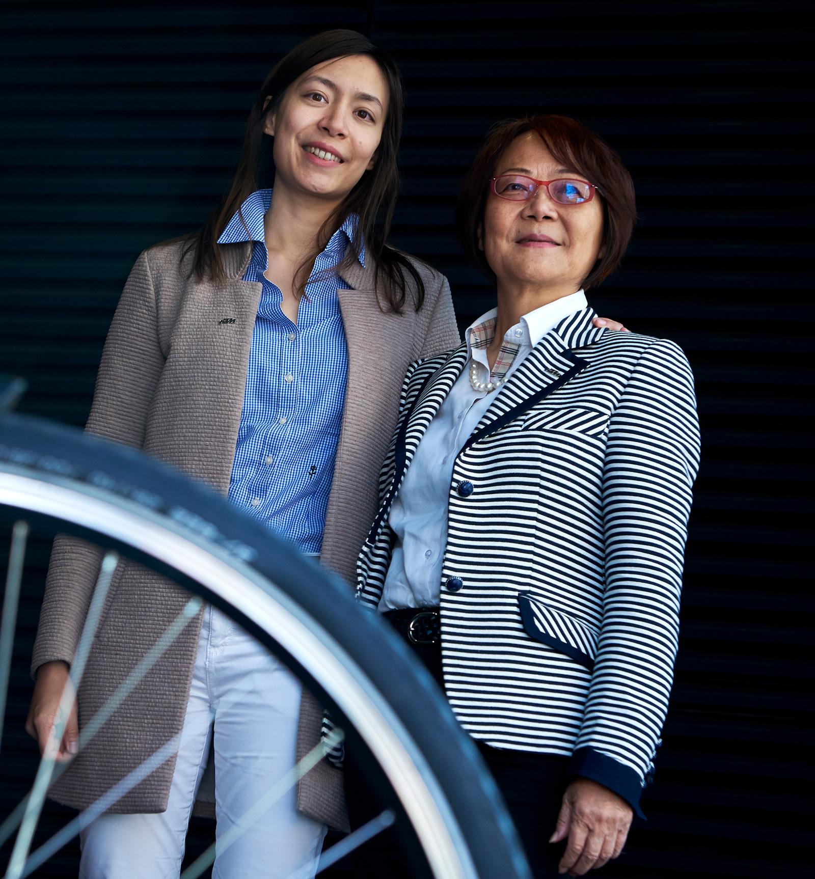 Carol Fong-Mei Urkauf-Chen mit Tochter Johanna