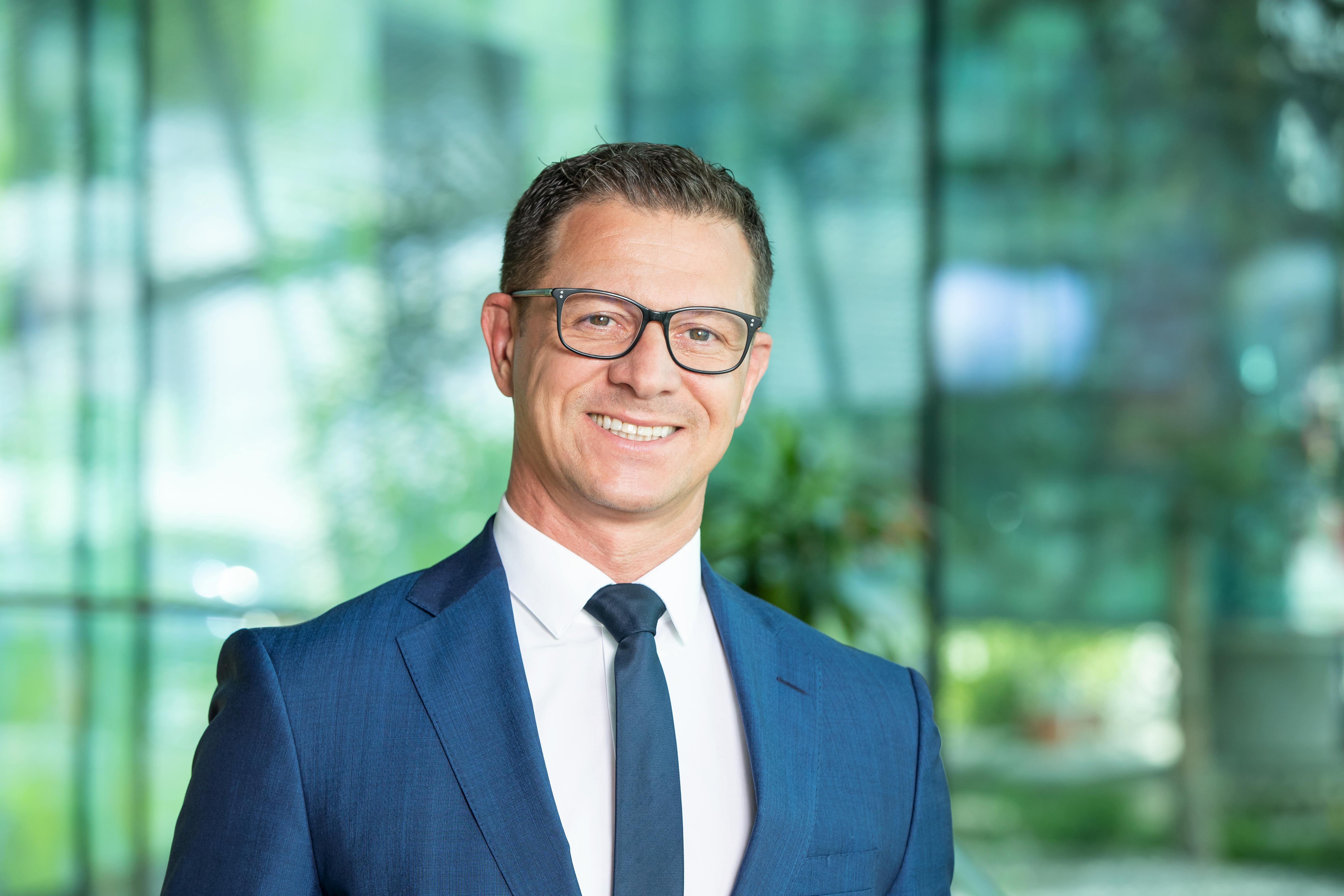 """""""Der Finanzberater der neuen Generation ist nur erfolgreich, wenn er als Finanzcoach den Kunden bei allen finanziellen Angelegenheiten begleitet"""", sagt Manuel Tauchner."""