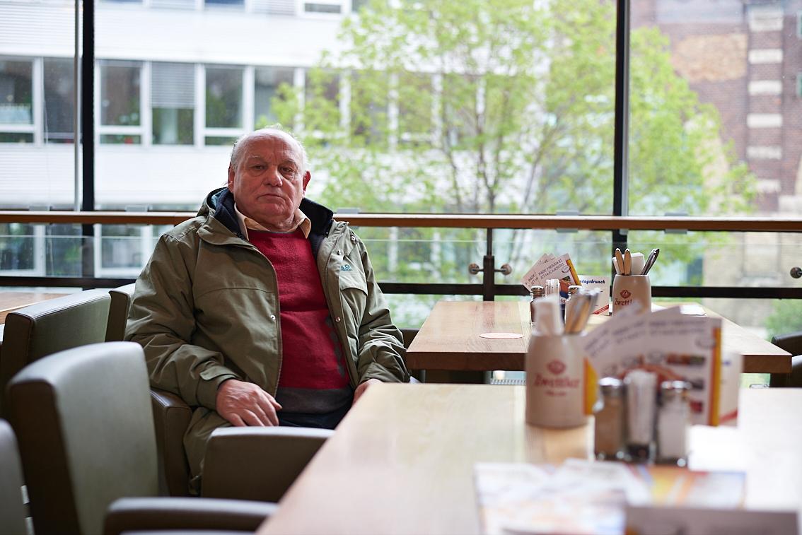 Ernst Stummer: 1960 folgte die erste Verurteilung zu sechs Monaten schwerem Kerker wegen Einbruchs