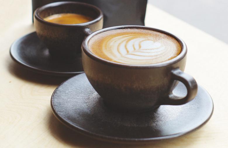 f r sie entdeckt neue tasse aus altem kaffeesatz. Black Bedroom Furniture Sets. Home Design Ideas