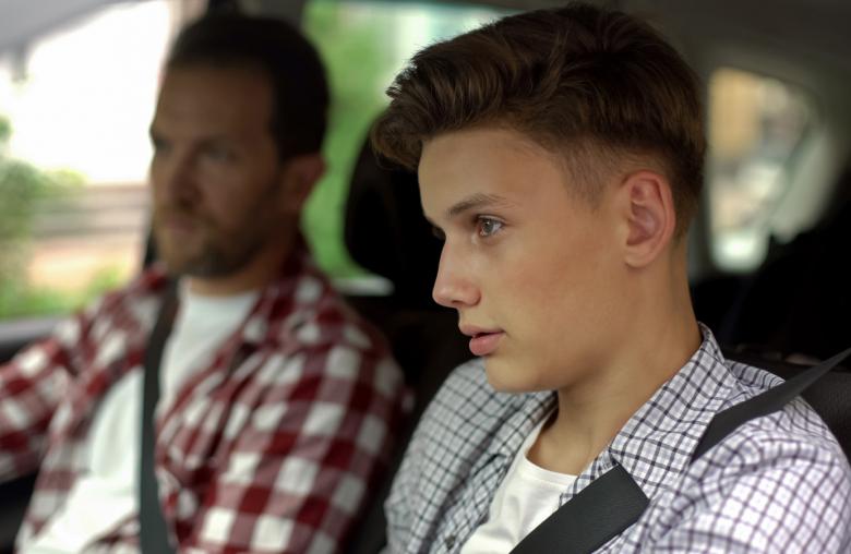 Routinen erlernen: Junge Lenker, die mit 17 ihren Führerschein machen, haben bereits zahlreiche Erfahrungen in Alltagssituationen gesammelt.