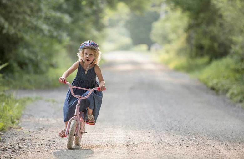 Helm tragen ist Pflicht und Teil der österreichischen Straßenverkehrsordnung.