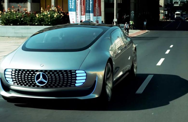 Marktreife nicht vor 2020: Etablierte Autohersteller wie Mercedes lassen sich Zeit.