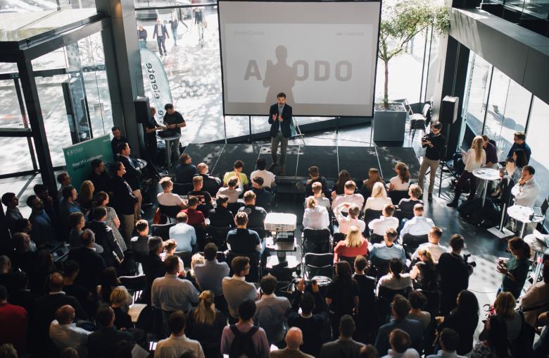 35 Startups stellen sich beim Startup Fair Event von weXelerate vor. Einige davon werden die Finanz- und Versicherungswelt nachhaltig verändern.