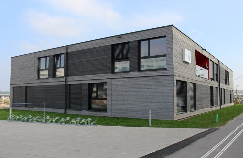 """In nur einer Woche wurde das Studentenheim """"PopUp – GreenFlexStudios"""" für 40 Studenten in der Seestadt Aspern errichtet."""
