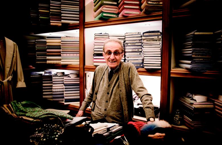 Die besten Hemden schneidert Piero Albertelli.