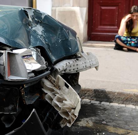Wenn der Unfallgegner den Schaden abstreitet, braucht man gute Nerven.