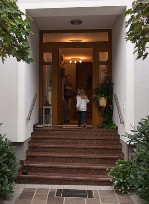 Seit über 100 Jahren besteht dieser Zugang zum Haus. Heute nutzen ihn die Großeltern.