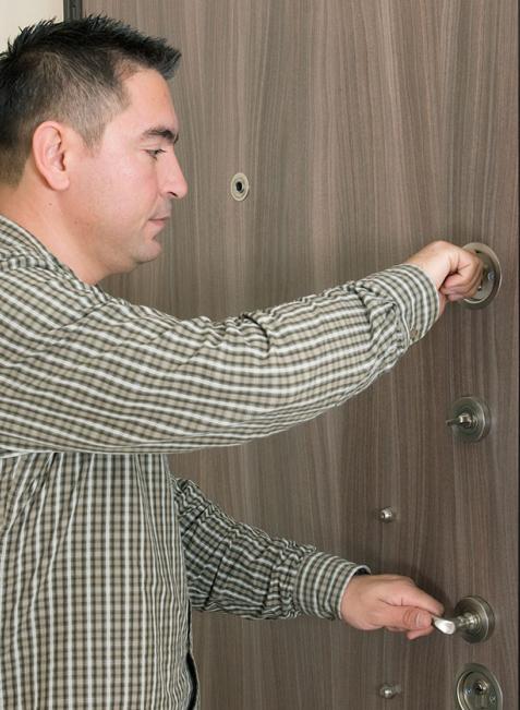 Die Kriminalprävention berät bei Ihnen zu Hause, wie Sie Ihr Heim am besten schützen können.