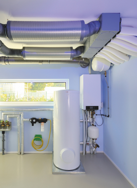 Die intelligente Haussteuerung verteilt den von der Photovoltaik-Anlage erzeugten Strom so im Haus, dass er bestmöglich genutzt wird.